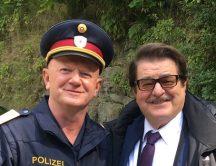 Edi Jäger als Polizist in Die Toten von Salzburg