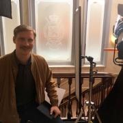 Schauspieler Michael Edlinger am Set von Vienna Waltz